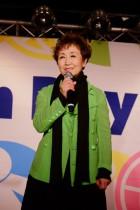 応援団長 加藤登紀子さん