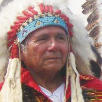 11:00〜伝説のインディアン、デニス・バンクスさんが登場!