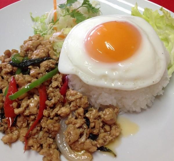 K-4.タイ料理プラトーン